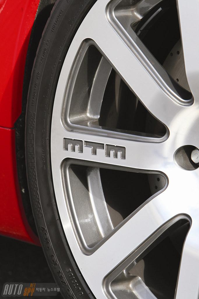MTM이 세팅한 340마력 아우디 2세대 TT 쿠페