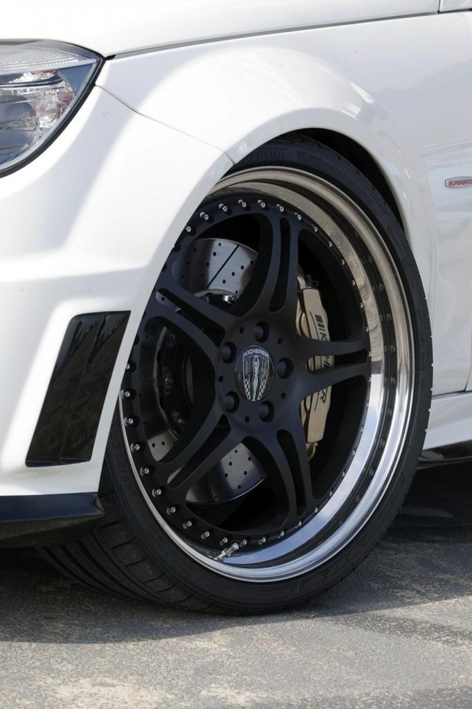 Kicherer, 벤츠 C63 AMG 화이트 에디션