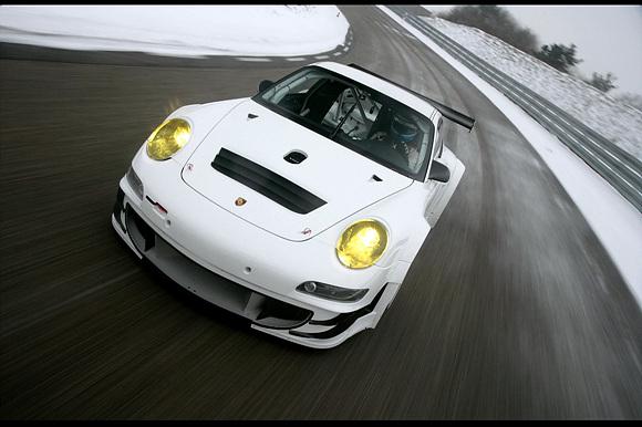 포르쉐 뉴 911 GT3 RSR