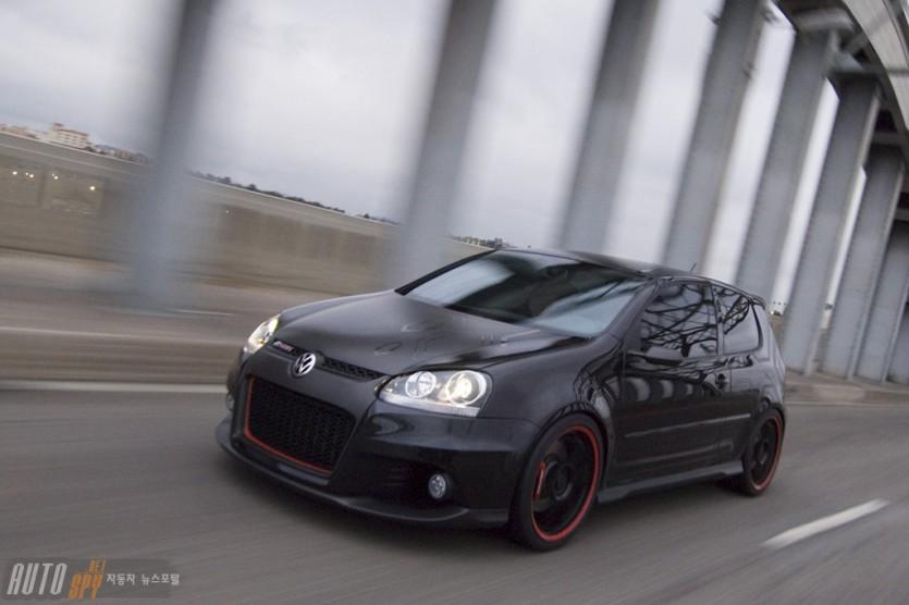 폭스바겐 골프 R GTI 컨셉트 모델 선보여