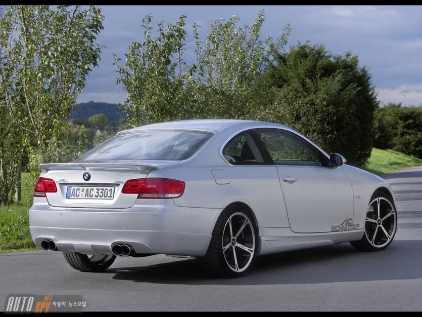 AC 슈니처, BMW 3시리즈 쿠페 개성 살려