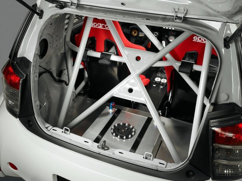 레이싱 머신으로 변신한 사이언 iQ-RS
