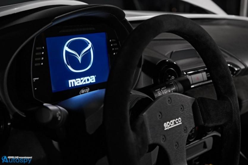 마쓰다 MX-5 쿠로 & 스피드스터 에볼루션 컨셉